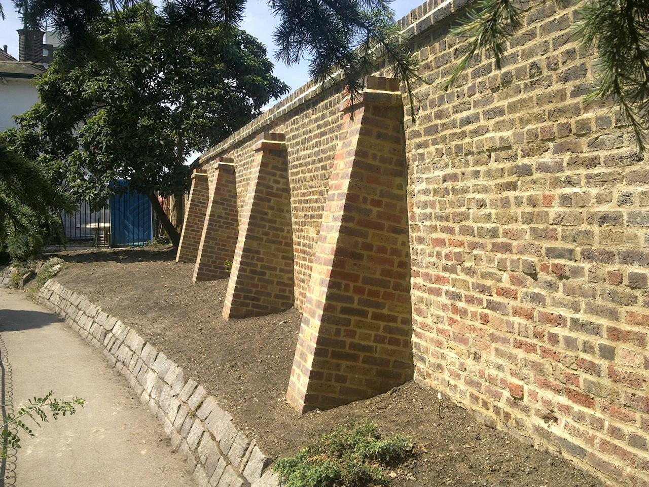 Buttress Wall Design Example : Buttress Retaining Wall Brickwork subcontractors - young and wright ...